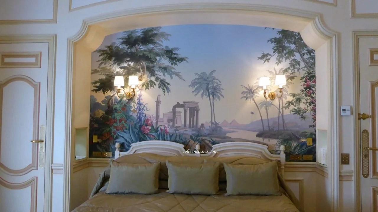 State Suite bedroom Hotel Raphael La Terrasse Bar Paris