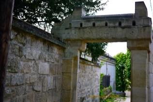 Auvers 1624 Gateway