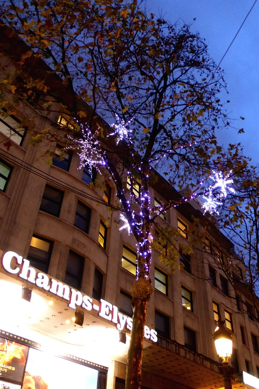 Christmas Champs Elysees Illuminations 830