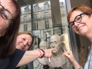 Treasure hunt - All things Gaul with THATLou (Treasure Hunt at the Louvre), bust of Benjamin Franklin, Paris