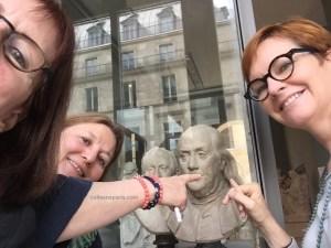 Treasure hunt - All things Gaul with THATLou (Treasure Hunt at the Louvre), bust of Benjamin Franklin, Paris