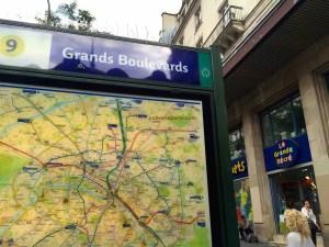 photo of La Grande Récré toy store in Paris at the metro Grands Boulevards