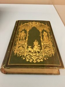 One of two volumes, Notre-Dame de Paris, Victor Hugo, Maison de Victor Hugo