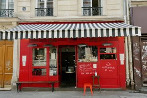 image of restaurant in the Bastille doing take away