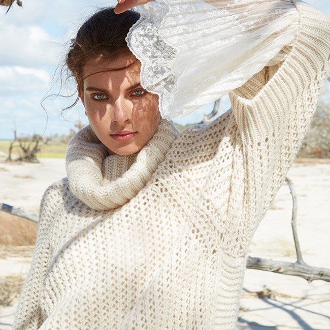 Colleen-Stone-Makeup-artist-Model-beauty-freckles-white-sweater-Jekyll-beach