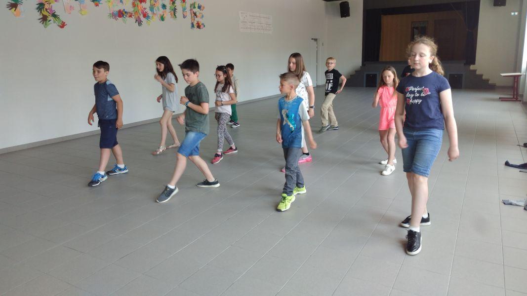 Cours de danse des CM