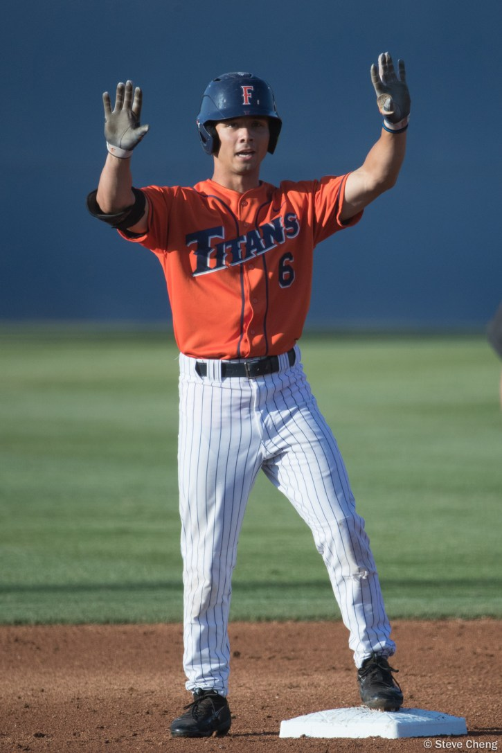 Scott Hurst doubles in the 1st inning. CSUF defeated UCSB 8-4, Fullerton, CA, May 12, 2017.