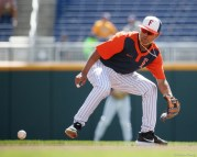 2017 College World Series, Day 1: CSUF infielder Sahid Valenzuela
