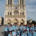 Paris Gruppenbild Notre Dame