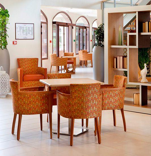 mobilier pieces communes pour residence senior