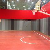 Cancha polideportivo con pavimento vinílico (PVC) de uso deportivo