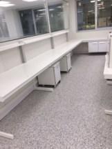 Laboratorio con Pavimento Vinílico (PVC) Granit
