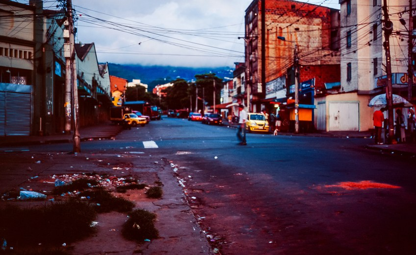 A Sunday morning walk through Bucaramanga's San Francisco barrio with my old film camera