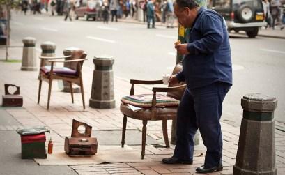 En Colombia paleando el desempleo