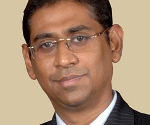 Deputy Minister Faizer Mustapha,