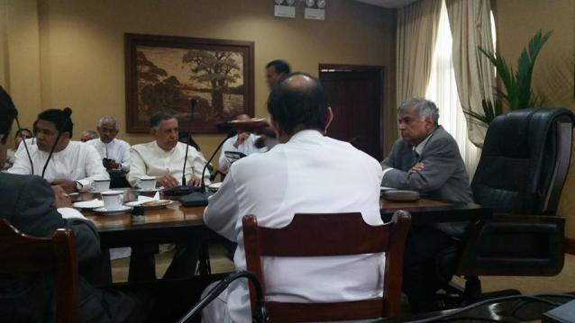 Ranil 2015 First meeting of the UNP ministers and deputies at TT