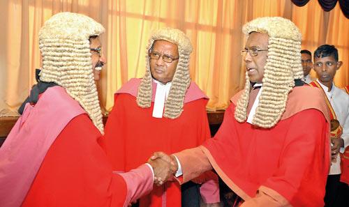 Justice-Upali-Abeyrathne-Justice-Anil-Gunaratne-CJ-Sripavan.
