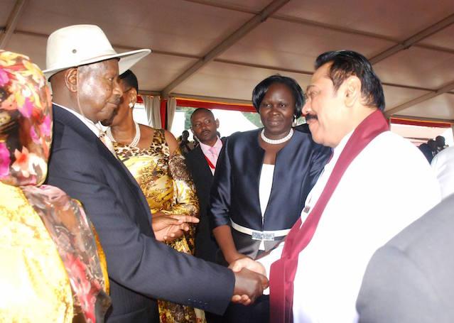Mahinda Rajapaksa and Museveni May 2016 Uganda