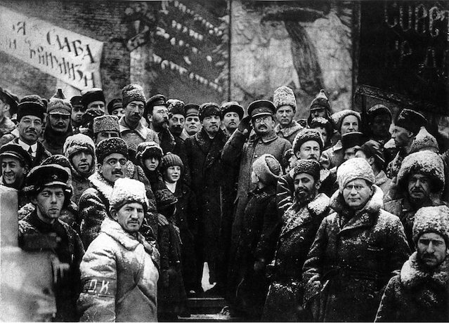 lenin-and-bolsheviks-in-red-square-on-the-second-anniversary-of-the-revolution