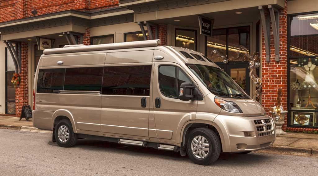 Roadtrek Zion Amp Zion Srt Luxury Coaches Perfect For Your