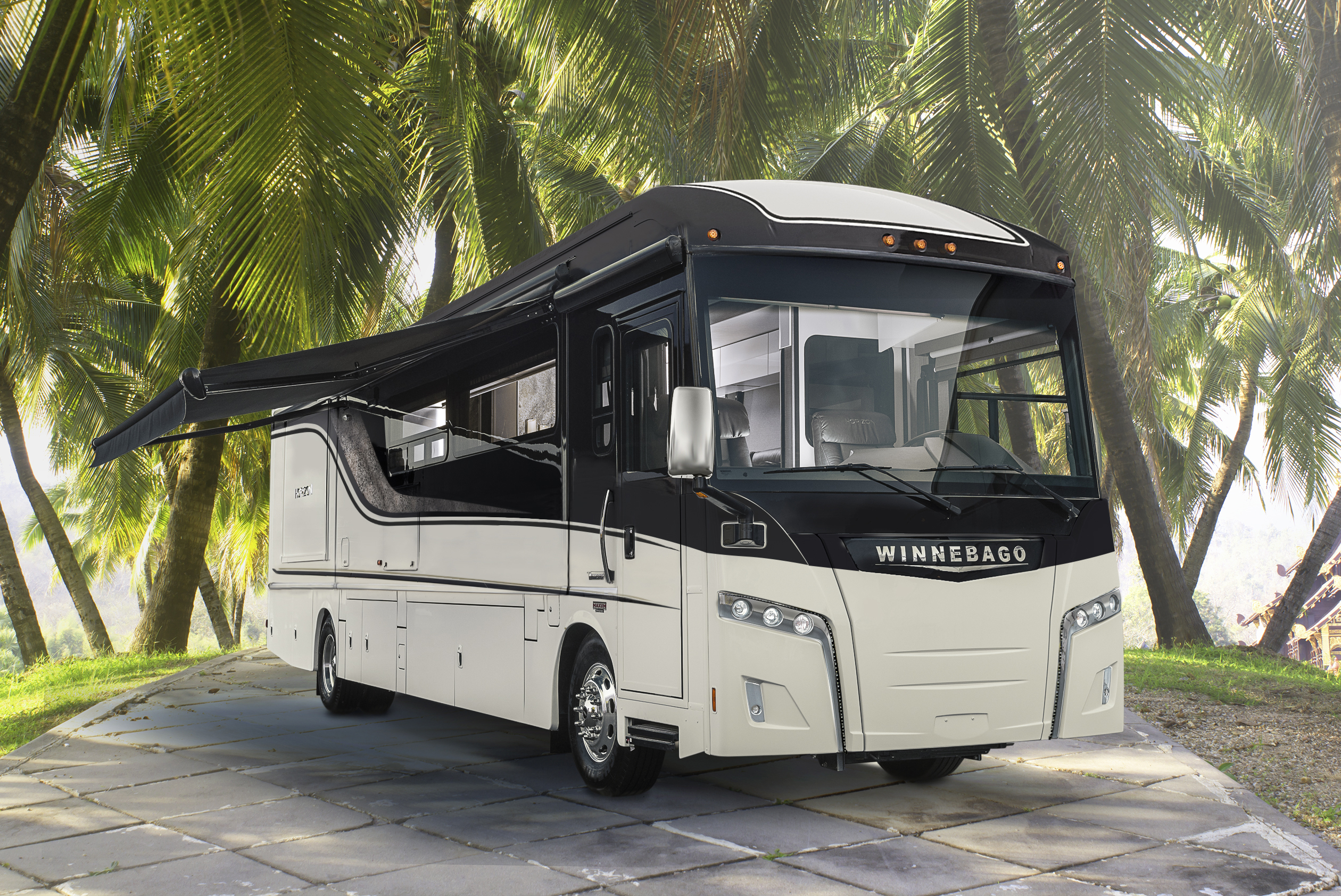 Winnebago Horizon | A Fresh Looking Diesel Pusher RV