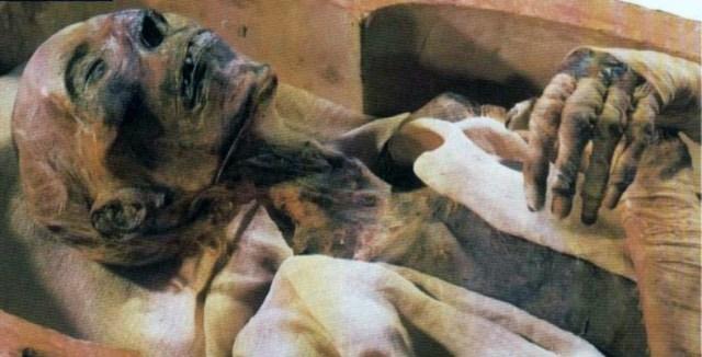 Momie de Ramsès II