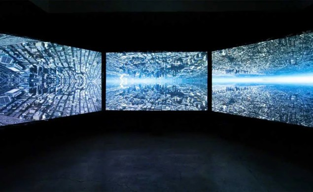 3 screens projected on one wall