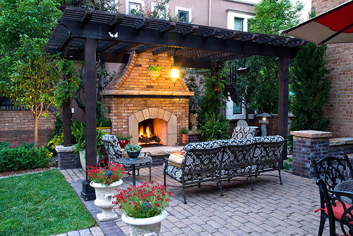 a new orleans inspired courtyard