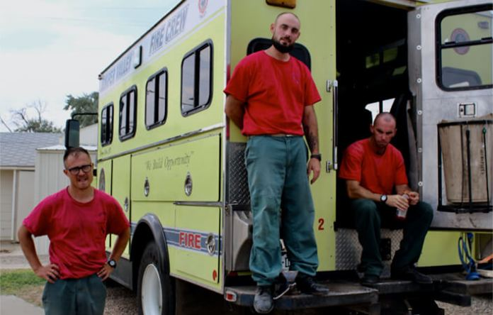 Front-line felons: Colorado prison inmates fight wildfires for $6 a