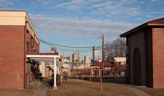 A view of downtown Denver from the Sun Valley public housing. (Photo by Allen Tian)