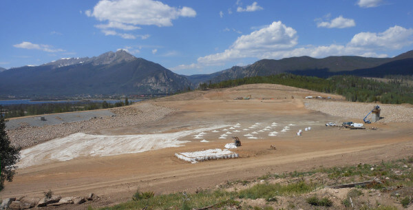 After nearly running out of water during the 2002 drought, the town of Dillon, Colorado worked with state and federal agencies to enlarge an old reservoir to help ensure reliable water supplies during future dry spells.