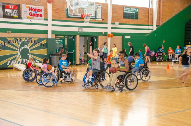 2017-coloradojuniorwheelchairsportscamp-1