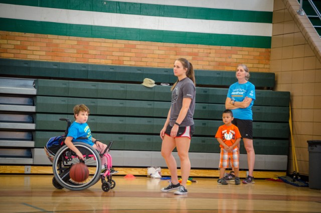 2017-coloradojuniorwheelchairsportscamp-40