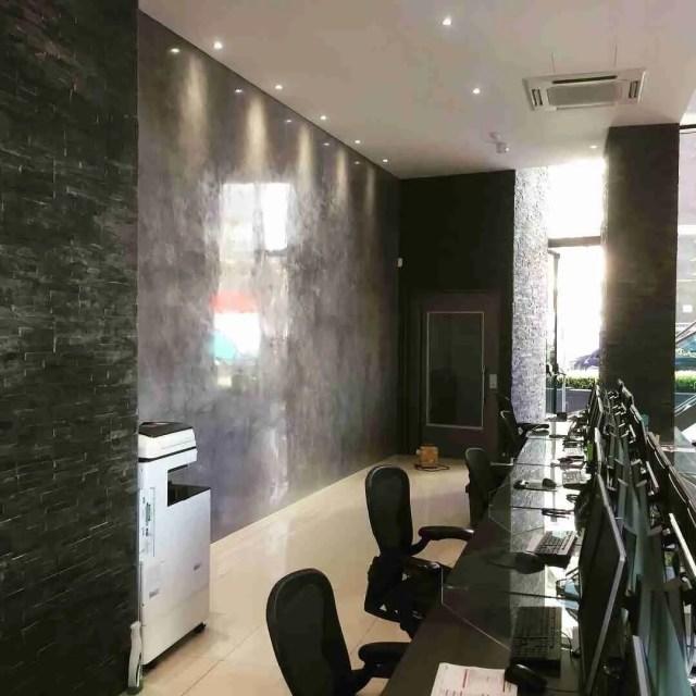 Commercial Venetian Plastering for London Office Reception Area