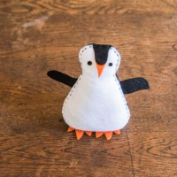 A Free Penguin Pattern for a Simple Penguin Softie.