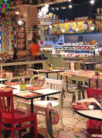Comptoir-Libanais-Food-Counter