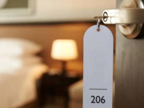 Bestpreisklauseln für Hotels bei Buchungsportalen sind unzulässig