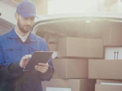Paketdienste transportierten 2020 über 4 Milliarden Sendungen