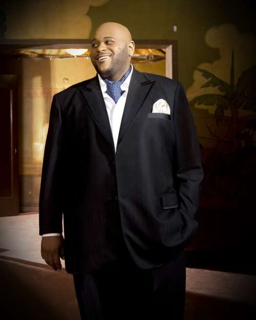 Book or Hire pop singer Ruben Studdard