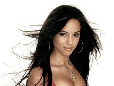 Book or Hire Pop Singer Alicia Keys