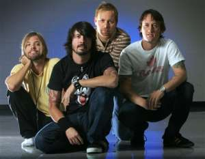 Book or hire pop musicians Foo Fighters