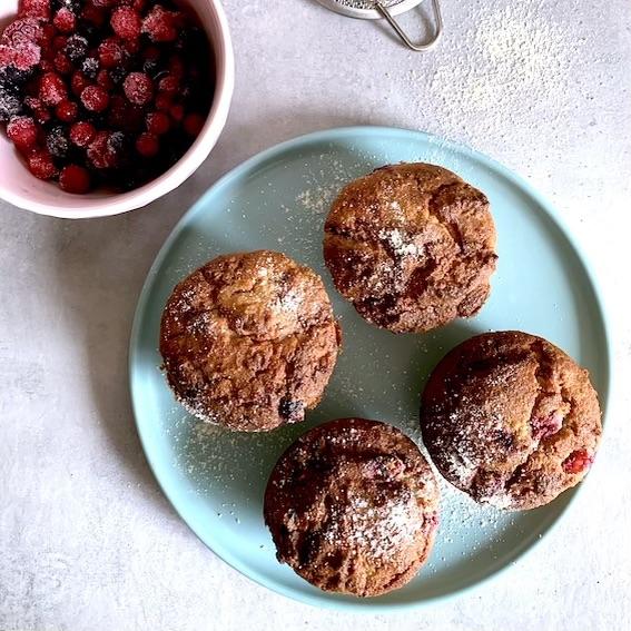 Muffin frutos rojos keto. Dulces saludables COMEDIDA