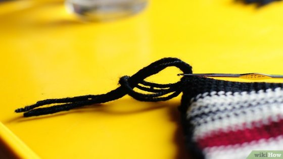Immagine titolata Add Fringe to a Crochet or Knit Project Step 11