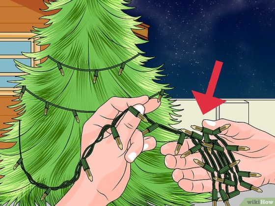 "Immagine titolata Remove the ""Twinkle"" Feature from Christmas Lights Step 1"