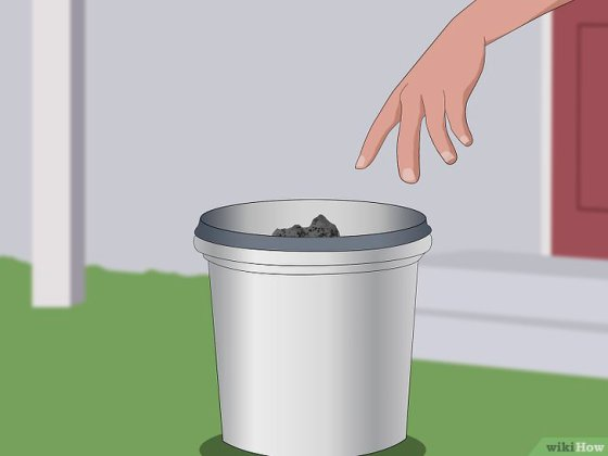 Immagine titolata Dispose of Burnt Firewood and Ash Safely Step 5