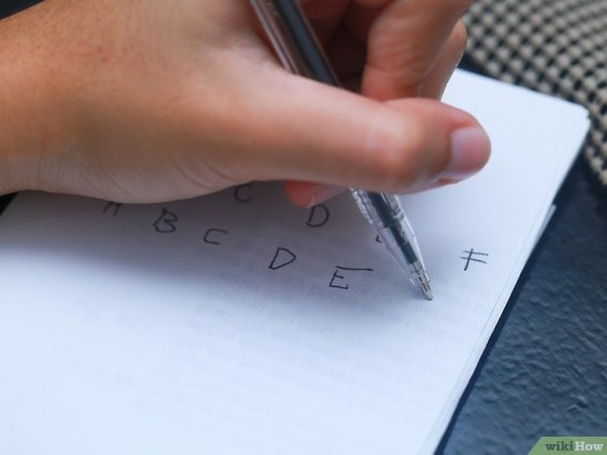 Immagine titolata Learn to Write With Your Left Hand Step 5