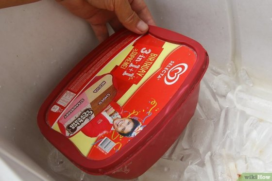 Immagine titolata Keep Ice Cream from Melting in a Cooler Step 13
