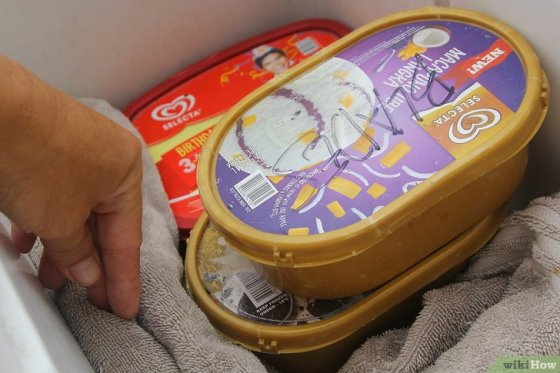 Immagine titolata Keep Ice Cream from Melting in a Cooler Step 7