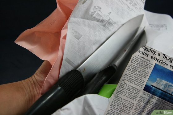 Immagine titolata Dispose of Knives Safely Step 1