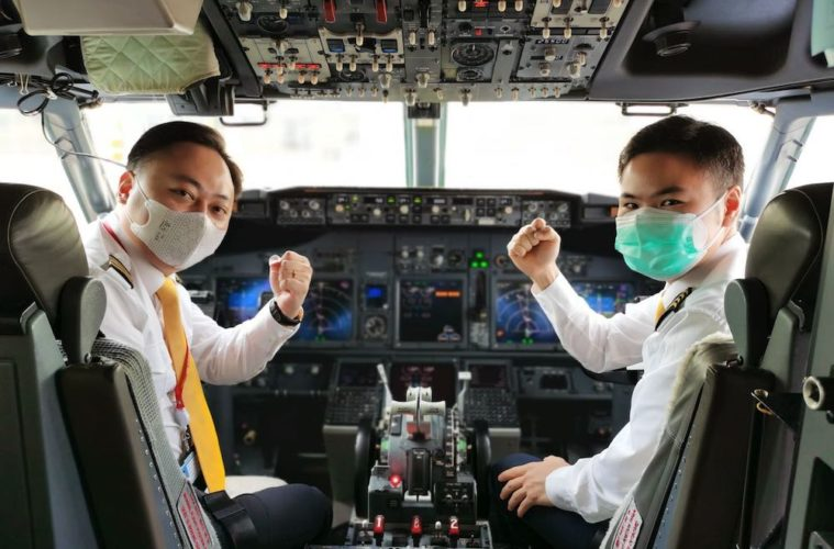 Masked Pilots due to COVID19